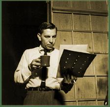 Jack-Webb-Reading-script-on-set